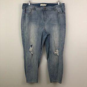 Torrid Girlfriend Jeans Light Wash Distressed Blue